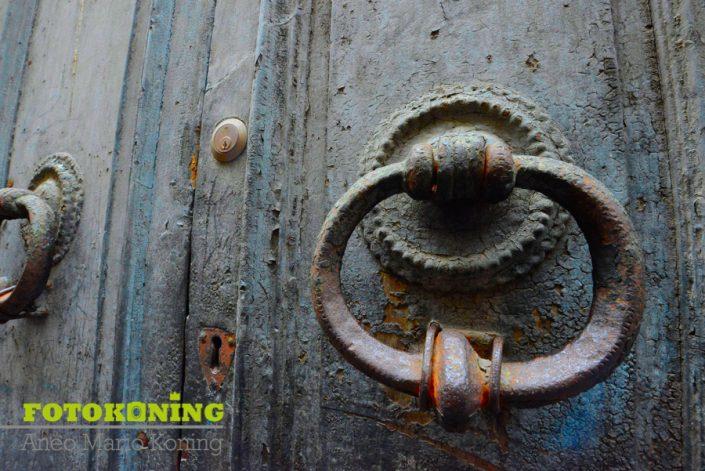 Lucca deur